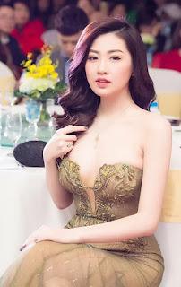 chinese girl bikini