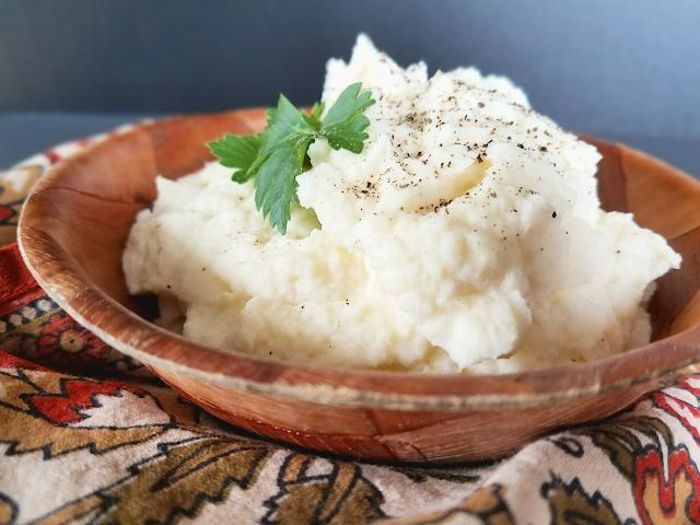 Easy & Creamy Mashed Cauliflower by Taste Abounds