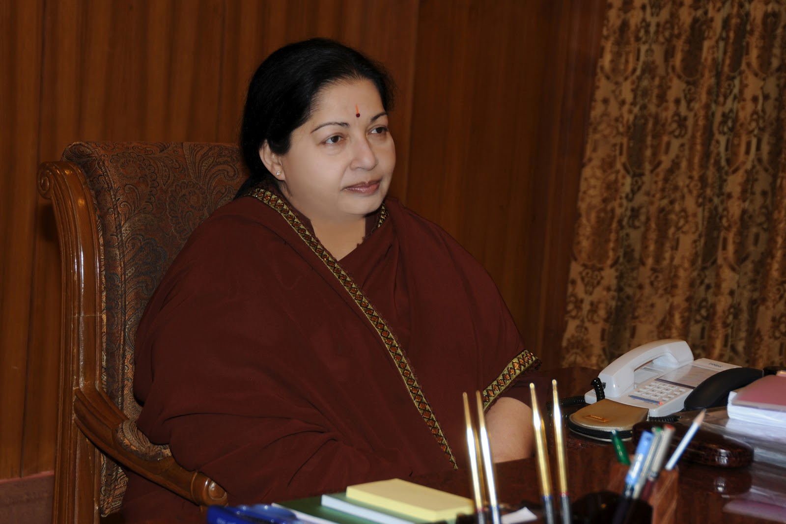 TAMILNADU CHIEF MINISTER SELVI J.JAYALALITHA HIGH QUALITY PHOTOS - Indian Actress Hot Photos and ...