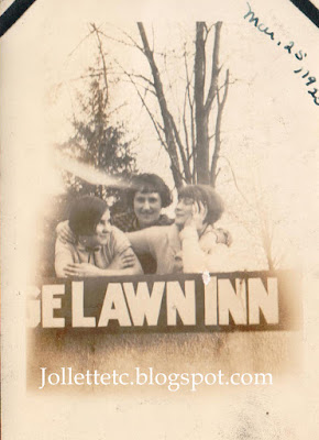 Velma Davis and friends 1925 Edge Lawn Inn https://jollettetc.blogspot.com