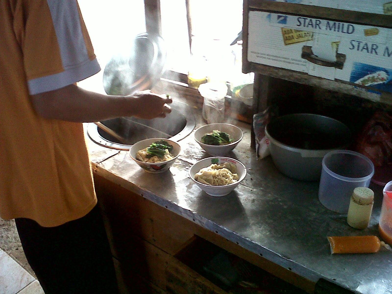 Warung Mie Ayam