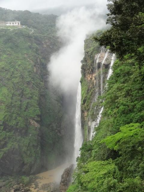 Jog-Falls-Karnataka-Malayalm-Travelgoue