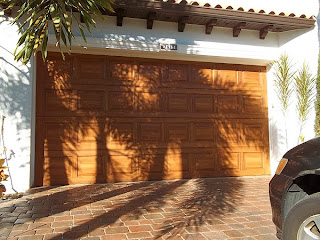 How to paint a garage door to look like wood.