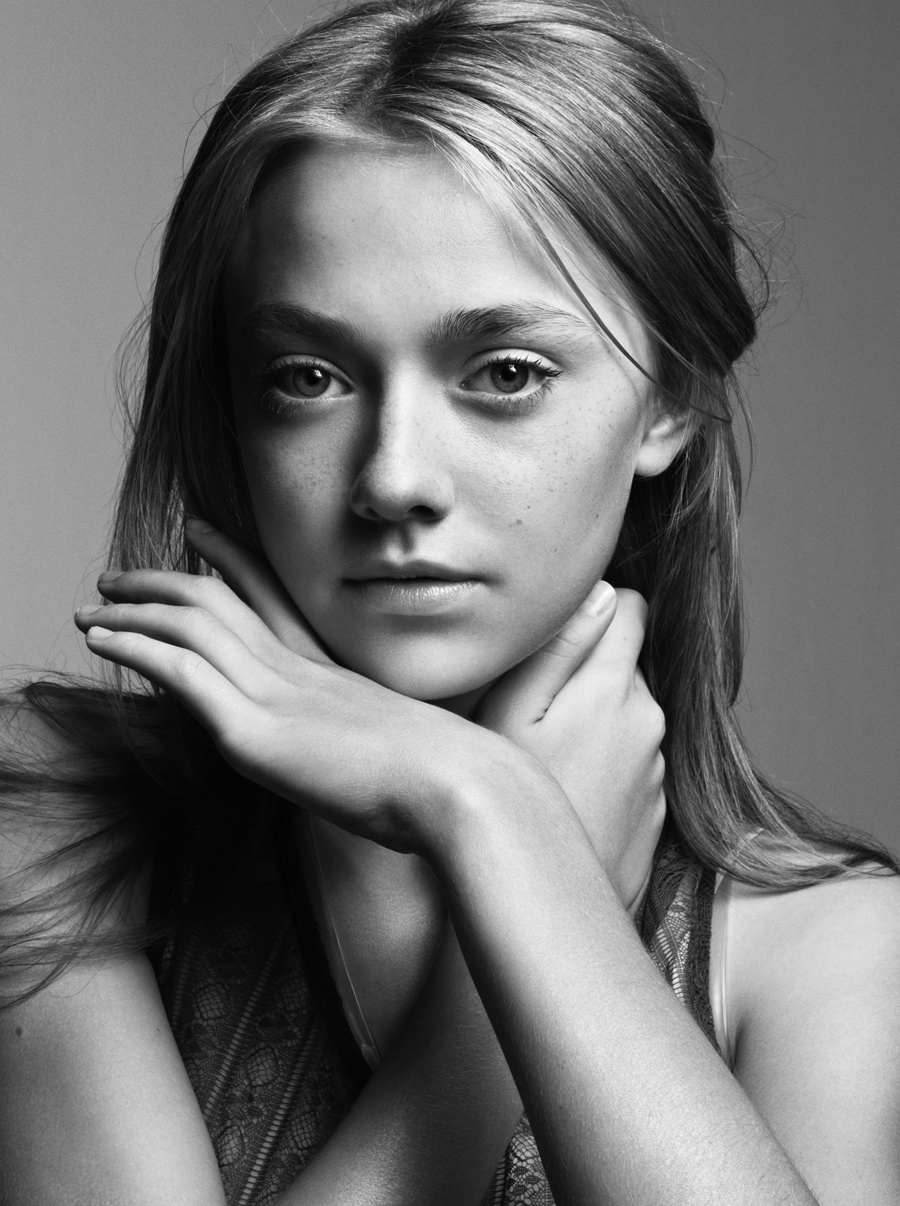 Dakota Fanning Filmography: HOT Or NOT: Famous People By Mark Abrahams