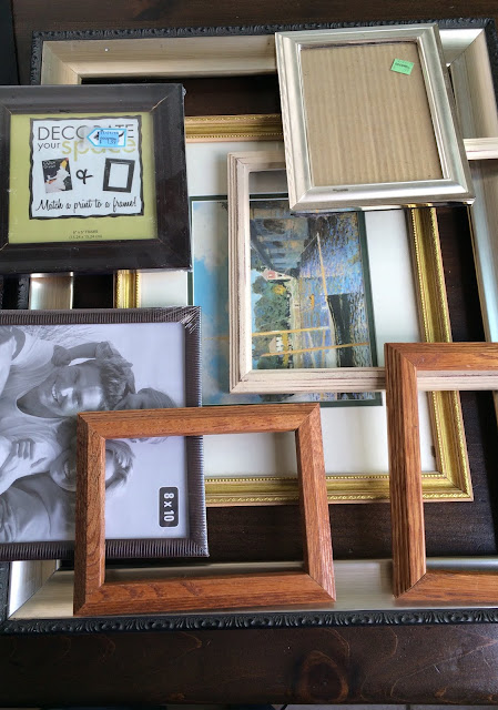 recycling old picture frames, paint old picture frames, how to age picture frames, do it yourself gallery wall