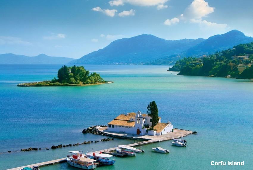 The top ten most romantic honeymoon destinations in hellas for Top 10 most romantic vacations