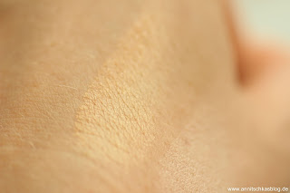 Review: Makeup Revolution - Radiance Highlighter Palette - www.annitschkasblog.de