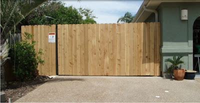 Cedar picket Gate, Gator Power Gates