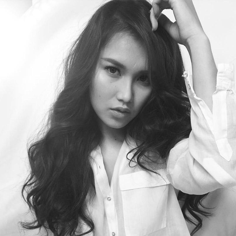 Nisa Beiby Hot Foto Model Indonesia