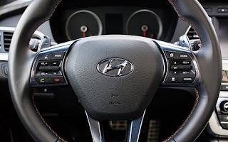 O novo Hyundai Creta, o compacto SUV foto  volante muti