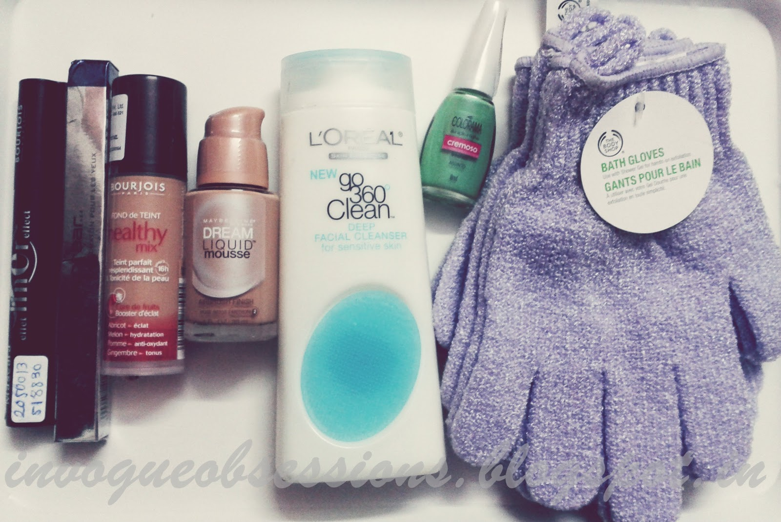Bourjois, Bourjois Healthy Mix, Colorbar, Colorbar I-Glide Pencil, Maybelline, Maybelline Dream Liquid Mousse, The Body Shop, The Body Shop Bath Exfoliating Gloves, Bourjois Healthy Mix Foundation India