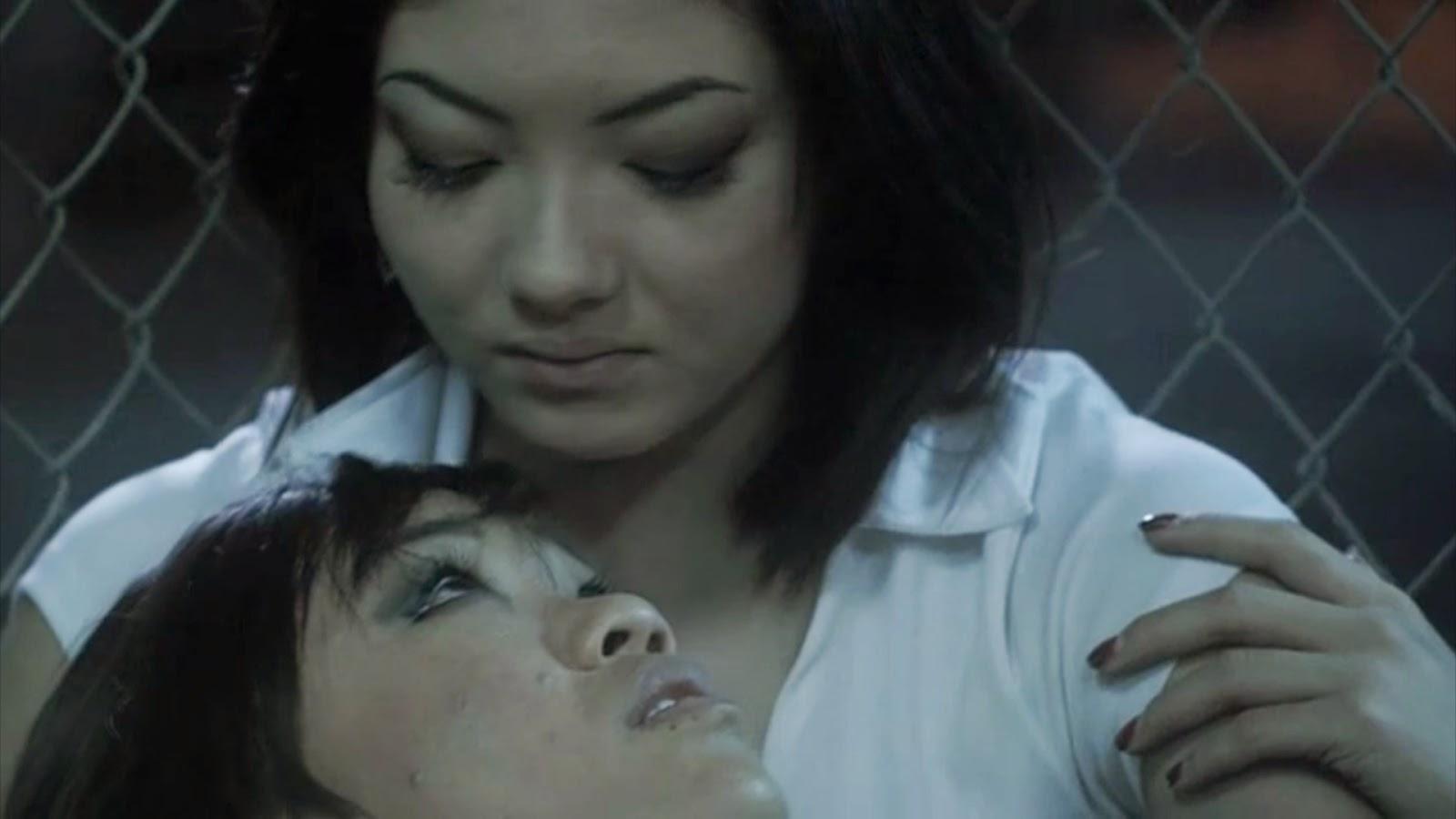 Lesbian Asian Kiss 106