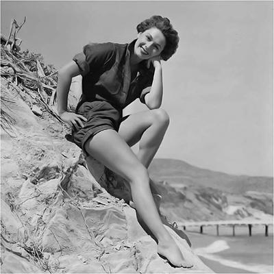 http://pics.wikifeet.com/Ruth-Roman-Feet-1395080.jpg