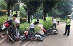 Viral Video... Tak Terima Ditilang Polisi, Cowok Ini Malah Ngamuk Bentak-Bentak Dan Rusak Motornya Sendiri