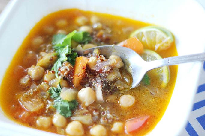 Quinoa Soup, Quinoa Chickpea soup, Healthy soup recipes, cold weather soups, quick soup recipes