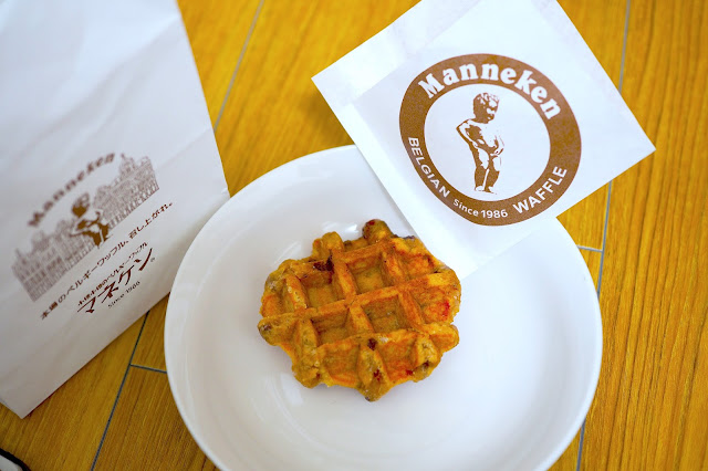 must try japanese food almond waffle osaka