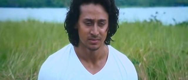 Baaghi A Rebel For Love 2016 Full Movie Free Download And Watch Online In HD brrip bluray dvdrip 300mb 700mb 1gb