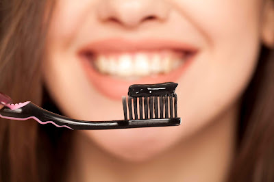 how to prepare activated charcoal toothpaste