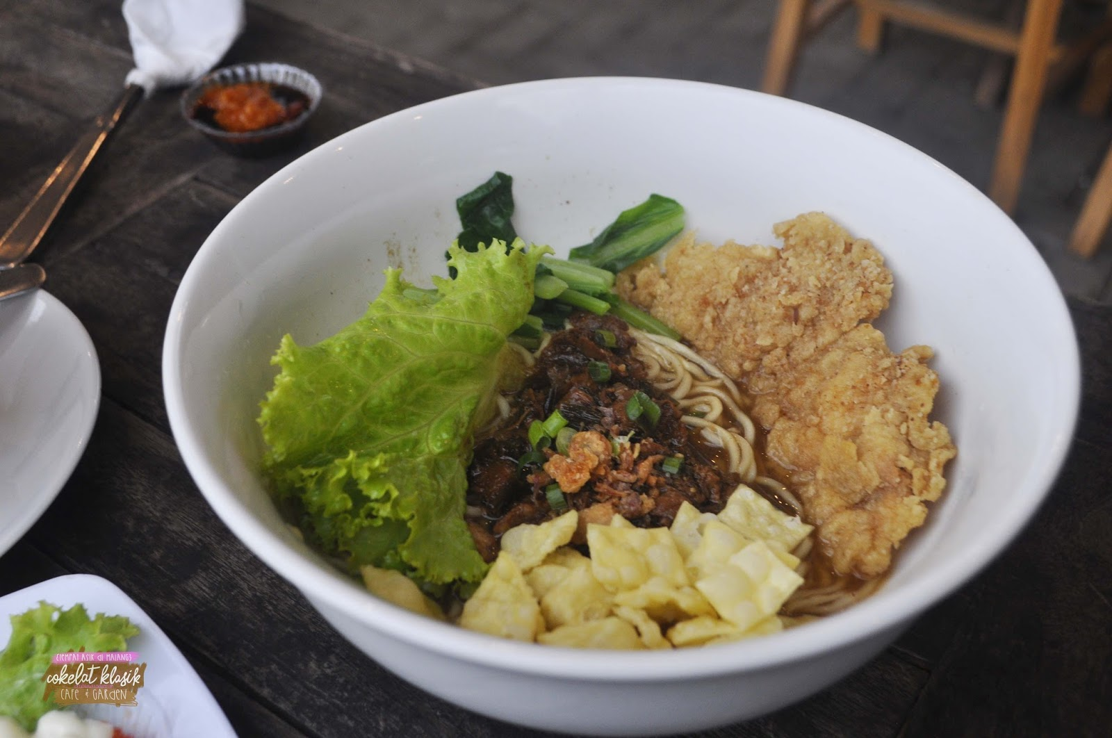 Dream Big Tempat Asik Di Malang Cokelat Klasik Cafe Garden Grapari Halo 12 Bulan Mie Ayam Krispy