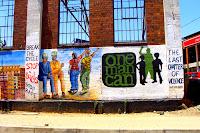 El BEE sólo ha servido para crear una pequeña elite negra, formada por jóvenes con carrera y bien conectados con el poder político, mientras millones de personas viven todavía en la extrema pobreza, en townships en los que no existen los servicios mínimos y en los que la violencia campa a sus anchas por las calles. Foto: Aurora Moreno