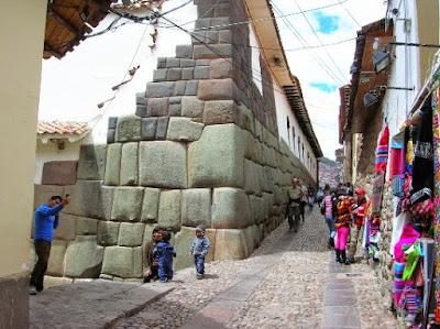 TAWANTINSUYO: Así fue el Cusco prehispánico DSCN0381%2B%25281%2529