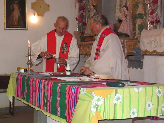 beim Festgottesdienst an PETER und PAUL bei P. Claus in San Pablo de Lipez (Freiburger Missionare)