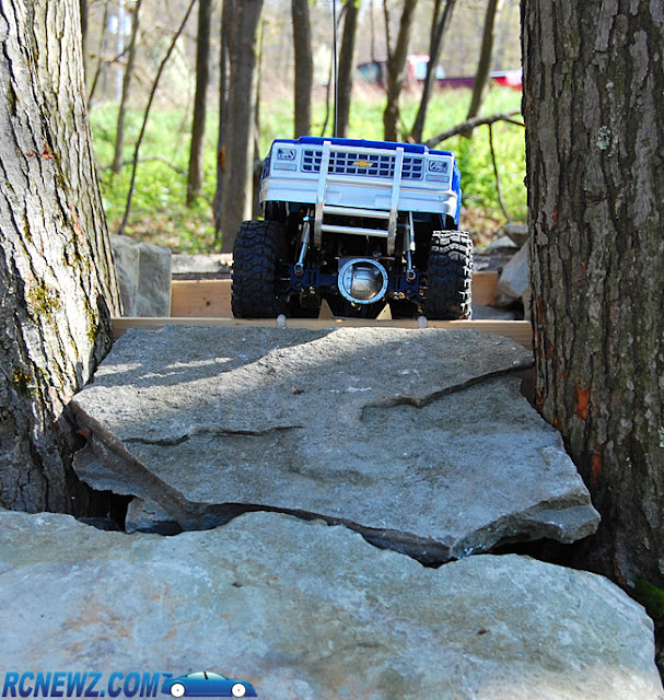 Tamiya High Lift rock crawling