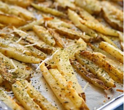 Garlic Parmesan Baked Steak Fries #dinner