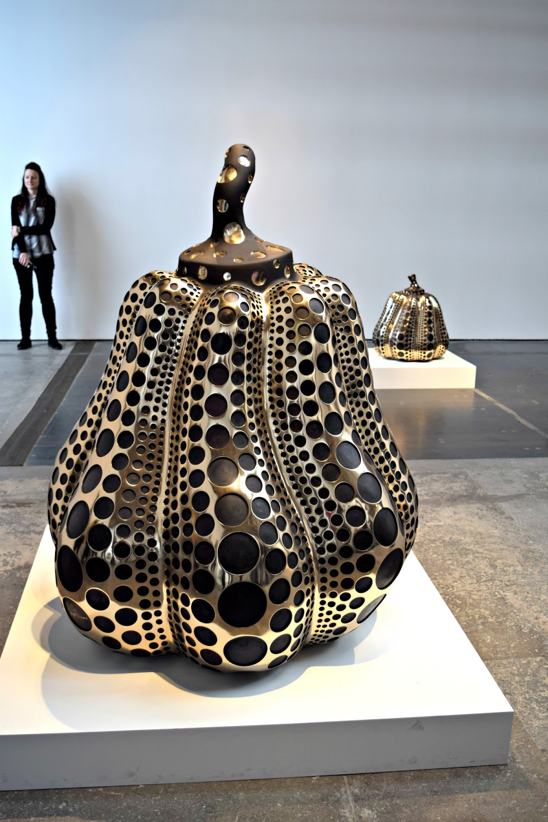 pumpkin mirror polished bronze sculpture Yayoi Kusama