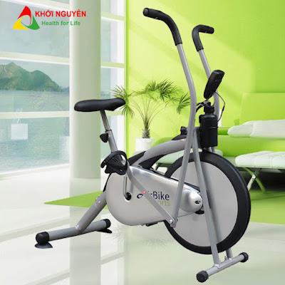 Xe đạp tập thể dục tăng chiều cao