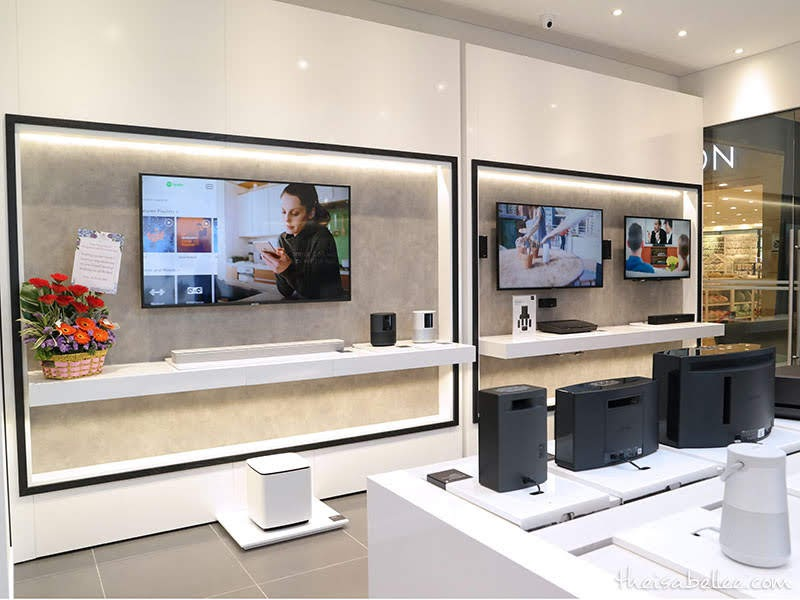 Inside Bose Single Branded Store @ 1 Utama
