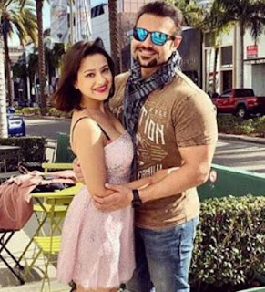 Mahaakshay Chakraborty Family Wife Son Daughter Father Mother Marriage Photos Biography Profile.