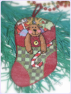 http://ialinka-vdohnovenie.blogspot.com/2015/12/holiday-stocking-ornaments-dimensions_14.html