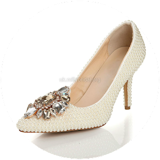 http://www.dressfashion.co.uk/product/women-s-ivory-patent-leather-pumps-with-rhinestone-pearl-ukm03030441-13314.html?%20Utm_source%20=%20minipost%20&%20utm_medium%20=%201264%20&%20utm_campaign%20=%20blog
