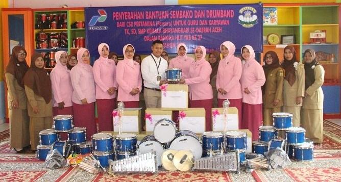 PT.Pertamina (Persero) menyerahkan Bantuan Sembako dan Drumband
