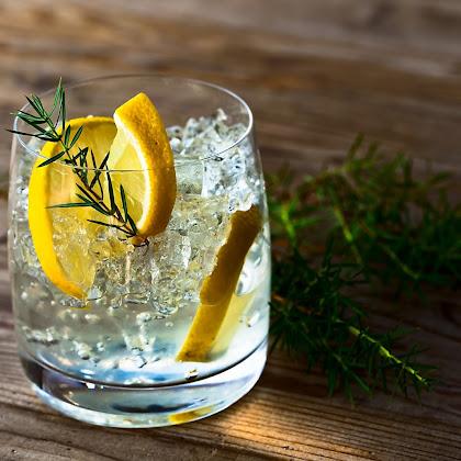 Gin para fazer em casa