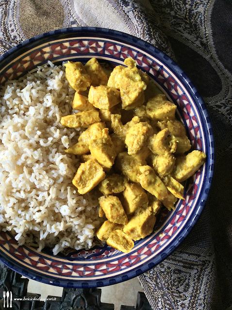 pollo al curry delicato con riso basmati
