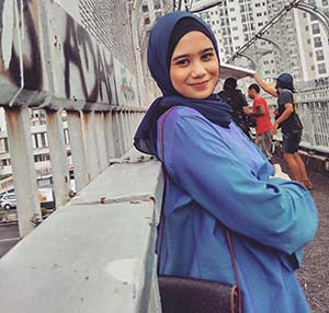 Tissa Biani Memakai Hijab
