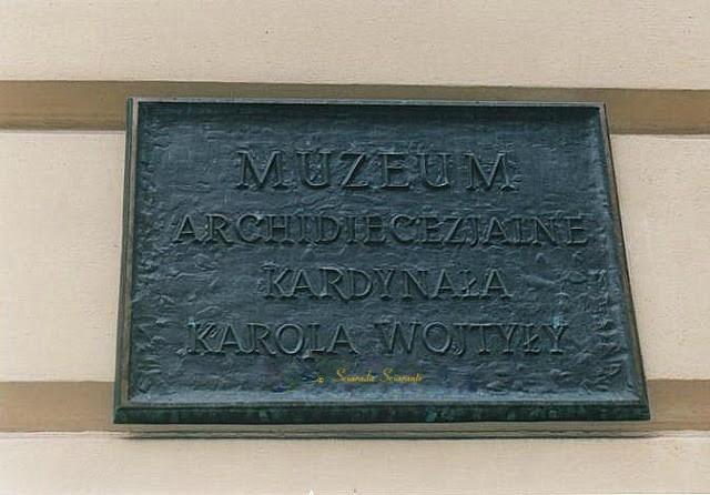 Alloggio di Karol Jozef Wojtyla durante i suoi studi a Cracovia - Targa