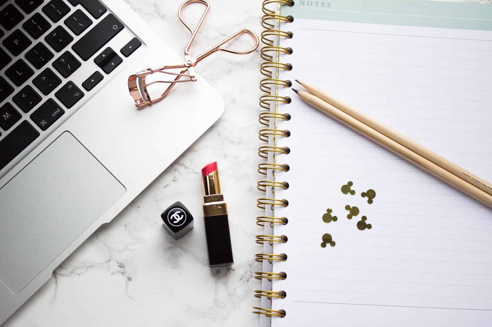 Katie Writes, Katie Writes Blog, Flatlay, 50 Things That Make Me Happy,