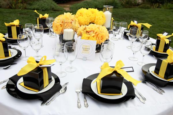 Dark Blue And Yellow Wedding: Decoração Amarelo E Preto