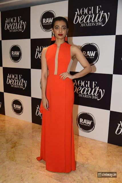 Radhika Apte at Vogue Beauty Awards 2016
