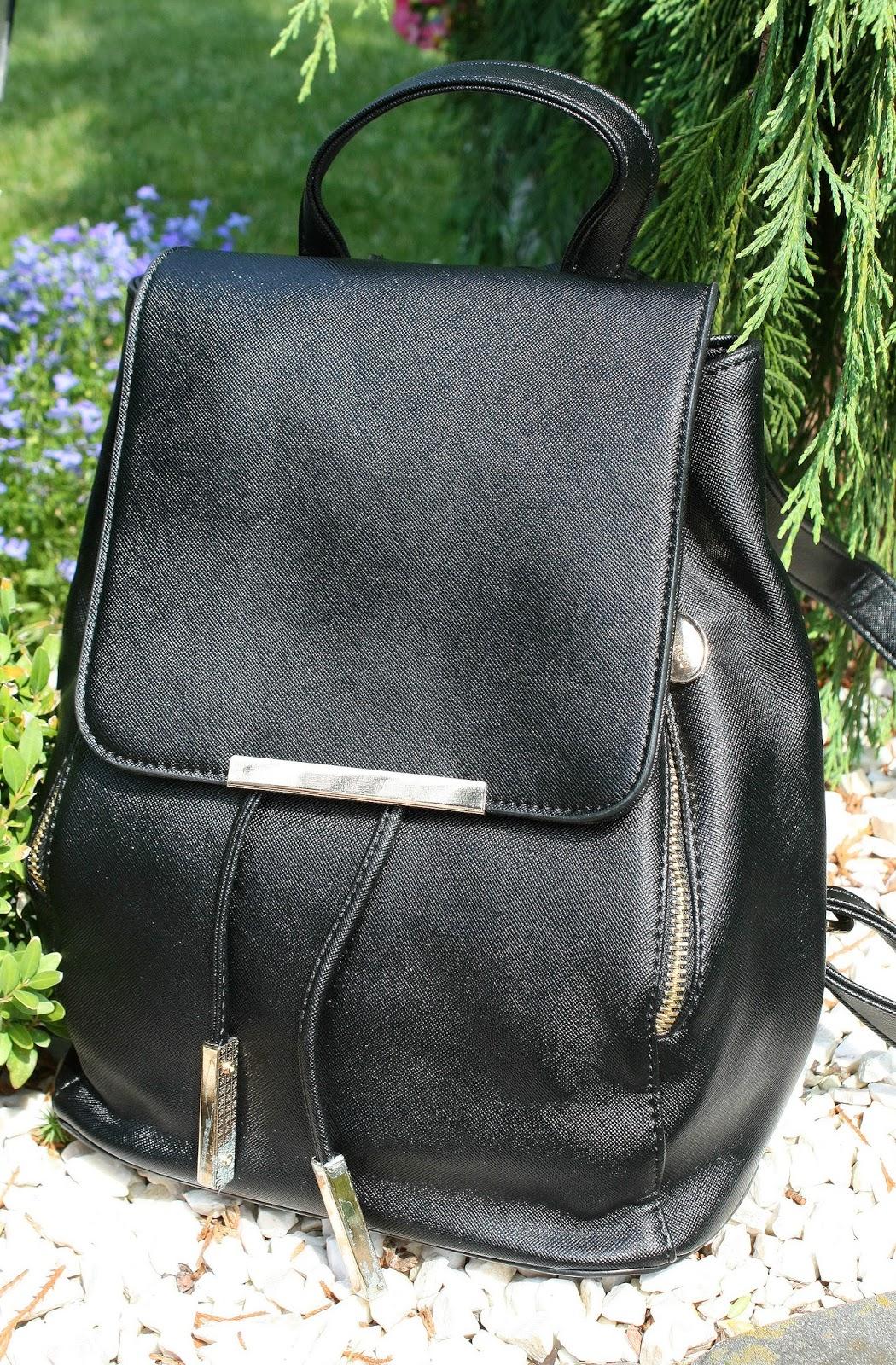 http://www.dresslily.com/drawstring-design-satchel-for-women-product1411362.html?lkid=1505435