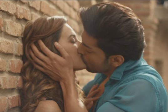 wajah tum ho title song lyrics english traslation.