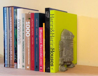 R2-D2 Concrete Bookend