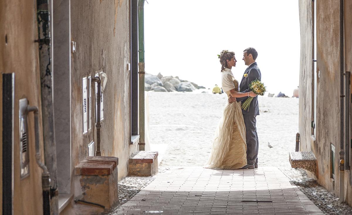 Matrimonio In Spiaggia Forte Dei Marmi : Matrimonio ecologico sposarsi in spiaggia è eco chic by
