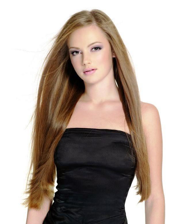 Model Rambut Lurus dan Panjang
