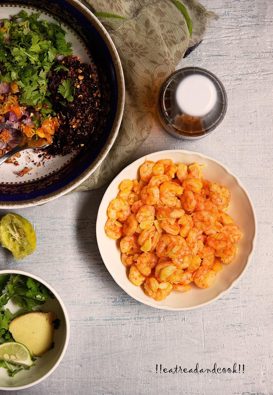 how to cook chingri macher kalia