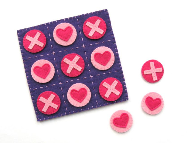 Tutorial: Felt Hearts & Kisses Tic Tac Toe Set