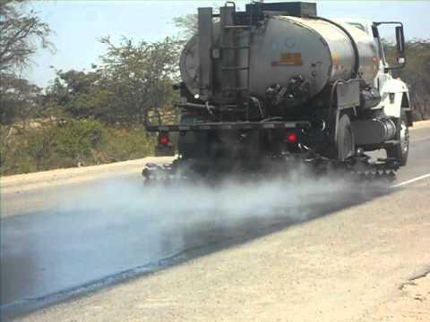 Distribuidor de asfalto